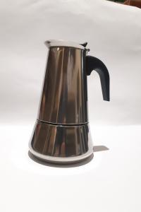 Гейзерная кофеварка Frico на 6 чашек (53111)
